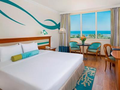 bedroom - hotel coral beach resort sharjah - sharjah, united arab emirates