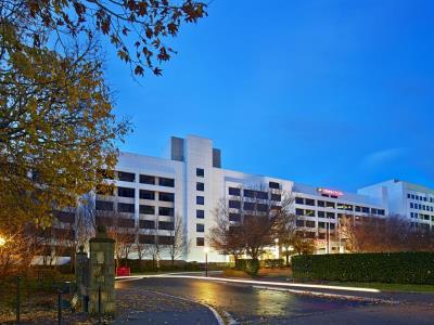 Crowne Plaza Canberra