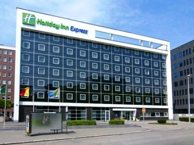 Holiday Inn Express City North