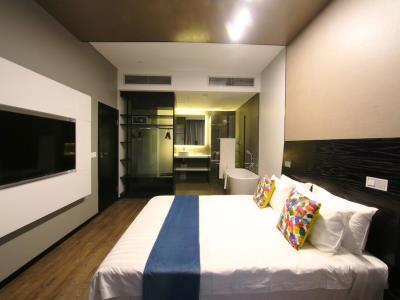 bedroom 5 - hotel room50two - gaborone, botswana