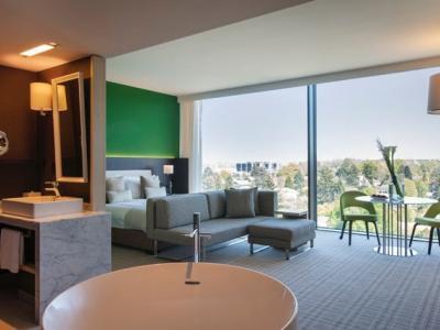junior suite - hotel crowne plaza geneva - geneva, switzerland