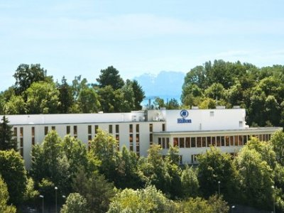 Hilton Zurich Airport (Junior Suite)