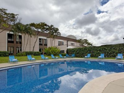 outdoor pool - hotel holiday inn express san jose airport - san jose, costa rica