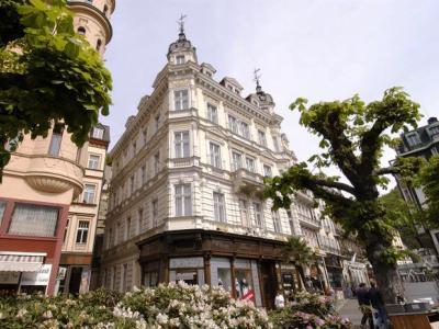 Ea Hotel Esplanade I