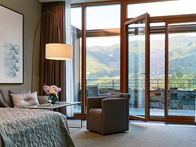 bedroom - hotel kempinski berchtesgaden - berchtesgaden, germany