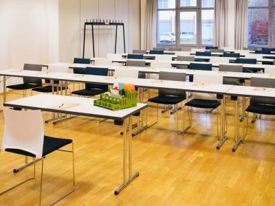conference room 1 - hotel vienna house easy braunschweig - braunschweig, germany