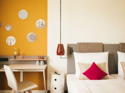bedroom 3 - hotel vienna house easy braunschweig - braunschweig, germany
