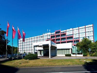 Leonardo Koeln Bonn Airport