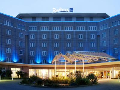 exterior view - hotel radisson blu dortmund - dortmund, germany