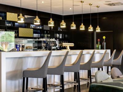bar - hotel radisson blu dortmund - dortmund, germany