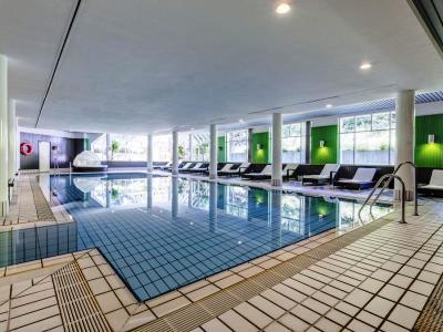 indoor pool - hotel radisson blu dortmund - dortmund, germany