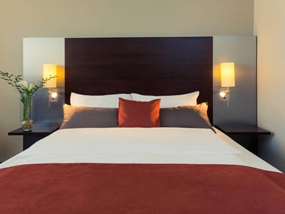 bedroom 1 - hotel mercure hotel duisburg city - duisburg, germany