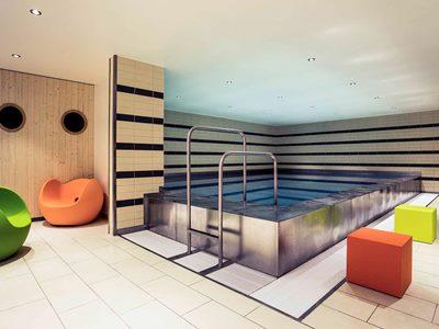indoor pool - hotel mercure hotel duisburg city - duisburg, germany