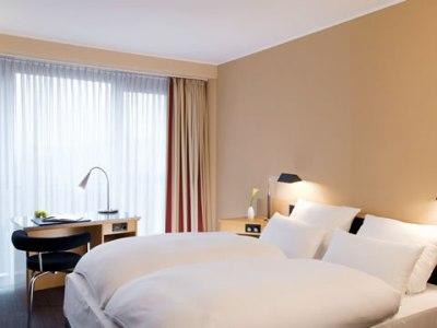 bedroom 1 - hotel nh dusseldorf city - dusseldorf, germany