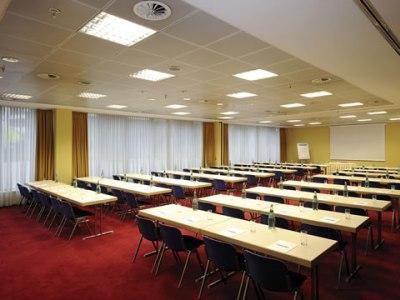 conference room - hotel nh dusseldorf city - dusseldorf, germany