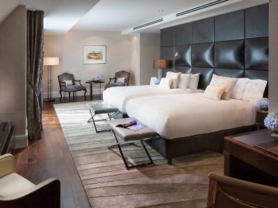 deluxe room 1 - hotel breidenbacher hof - dusseldorf, germany