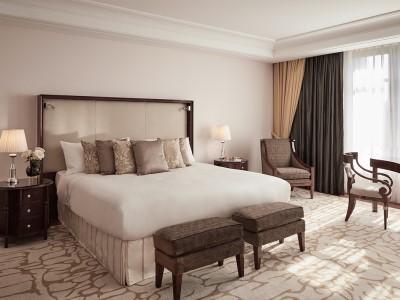 suite 1 - hotel breidenbacher hof - dusseldorf, germany