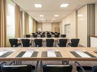 conference room 1 - hotel mercure duesseldorf city center - dusseldorf, germany