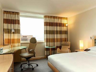 bedroom 1 - hotel hilton dusseldorf - dusseldorf, germany