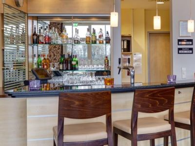 bar - hotel holiday inn express city-north - dusseldorf, germany