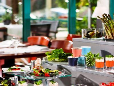 restaurant - hotel holiday inn dusseldorf - hafen - dusseldorf, germany