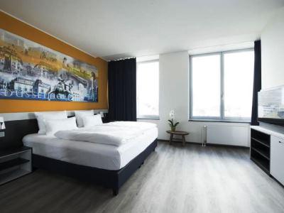 bedroom 1 - hotel carathotel dusseldorf city - dusseldorf, germany