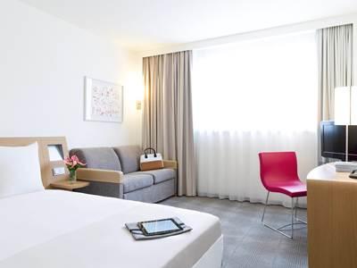 bedroom - hotel novotel frankfurt city - frankfurt, germany