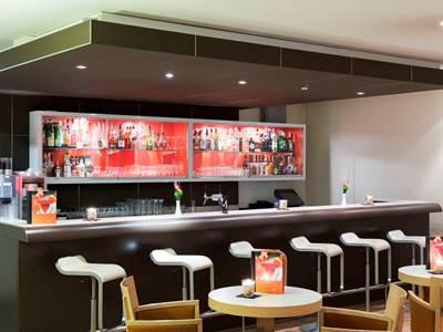 bar - hotel novotel frankfurt city - frankfurt, germany