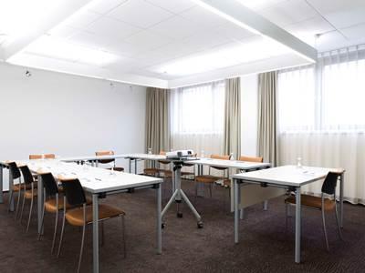 conference room - hotel novotel frankfurt city - frankfurt, germany