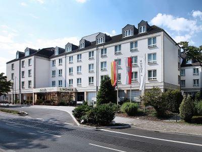 exterior view - hotel lindner congress - frankfurt, germany