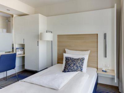 bedroom 1 - hotel best western plus welcome htl frankfurt - frankfurt, germany