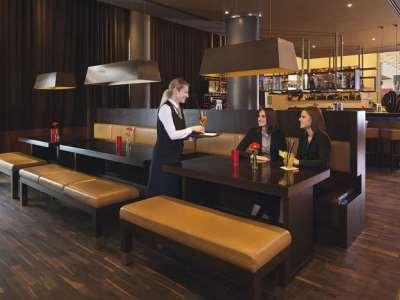 bar - hotel moevenpick city - frankfurt, germany