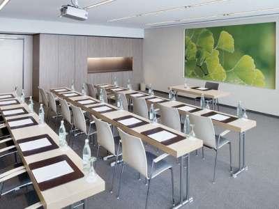 conference room 1 - hotel moevenpick city - frankfurt, germany