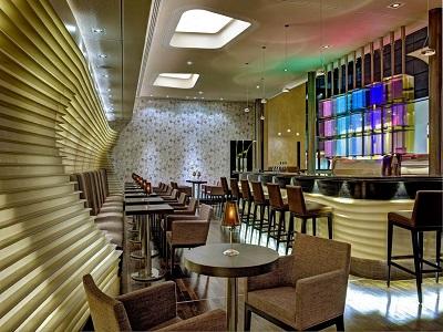 bar - hotel hilton frankfurt airport - frankfurt, germany