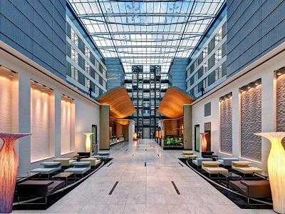 lobby - hotel hilton frankfurt airport - frankfurt, germany