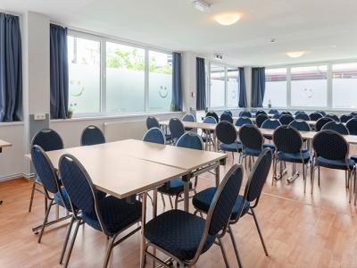 conference room - hotel a and o frankfurt galluswarte - frankfurt, germany