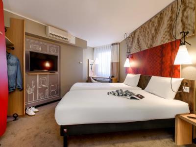bedroom - hotel ibis frankfurt centrum - frankfurt, germany