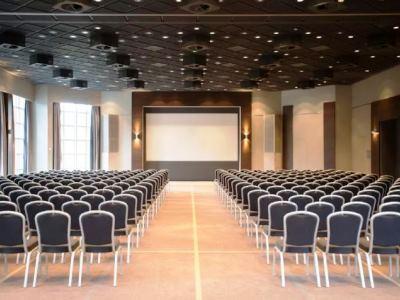 conference room - hotel crowne plaza frankfurt congress hotel - frankfurt, germany
