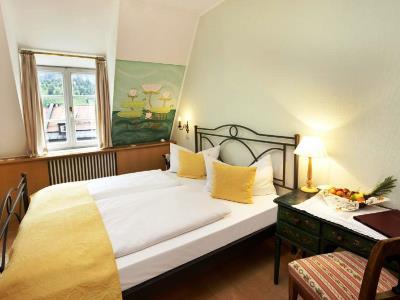 bedroom 9 - hotel hirsch - fussen, germany