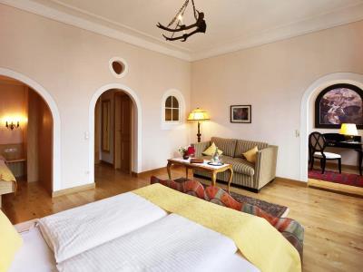 bedroom 11 - hotel hirsch - fussen, germany