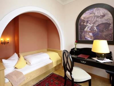 bedroom 12 - hotel hirsch - fussen, germany