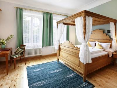 bedroom 14 - hotel hirsch - fussen, germany