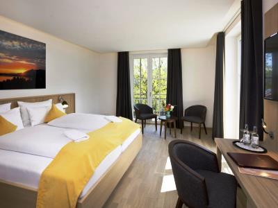 bedroom 1 - hotel hirsch - fussen, germany