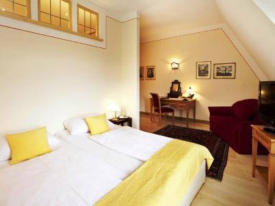 bedroom 7 - hotel hirsch - fussen, germany