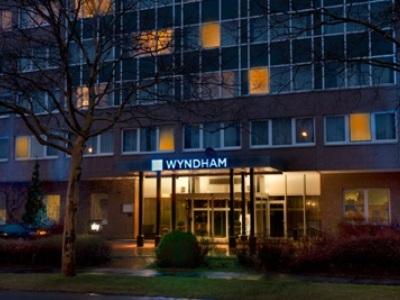 exterior view 1 - hotel wyndham hannover atrium - hanover, germany