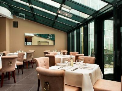 restaurant 1 - hotel wyndham hannover atrium - hanover, germany