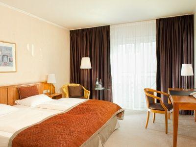 standard bedroom - hotel wyndham hannover atrium - hanover, germany