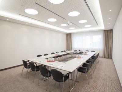 conference room 1 - hotel bigbox allgaeu - kempten, germany