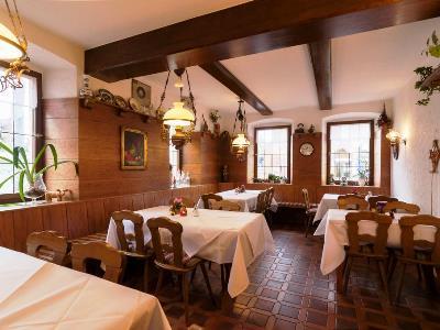 restaurant - hotel rothenburger hof - rothenburg, germany