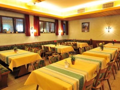 breakfast room - hotel schranne - rothenburg, germany